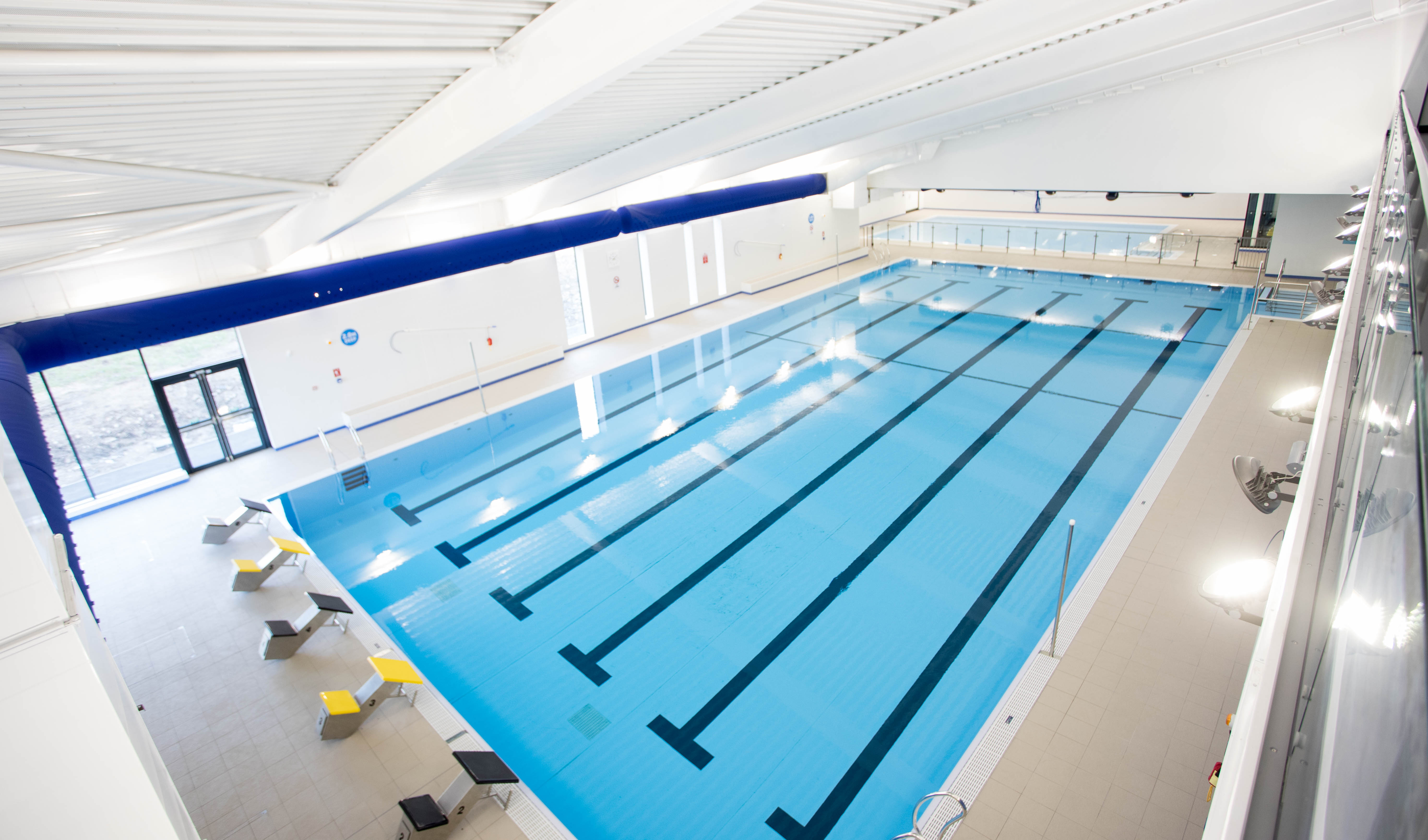 Swimming pool horwich leisure centre for Pool pool pool